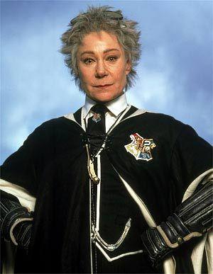 Zoe Wanamaker As Madam Hooch Harry Potter Wiki Harry Potter Professors Harry Potter Diy