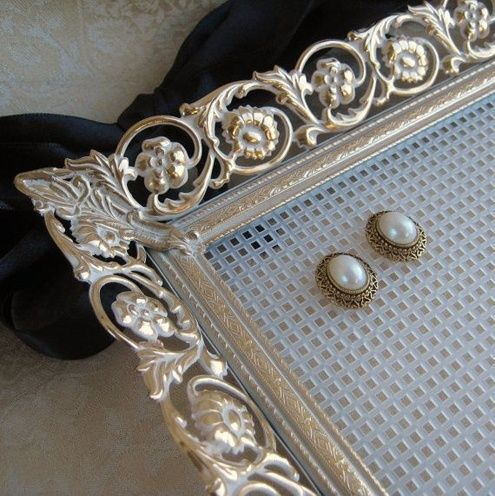 10 DIY Earring Holders You Must Have For Your Bling Storage Steel