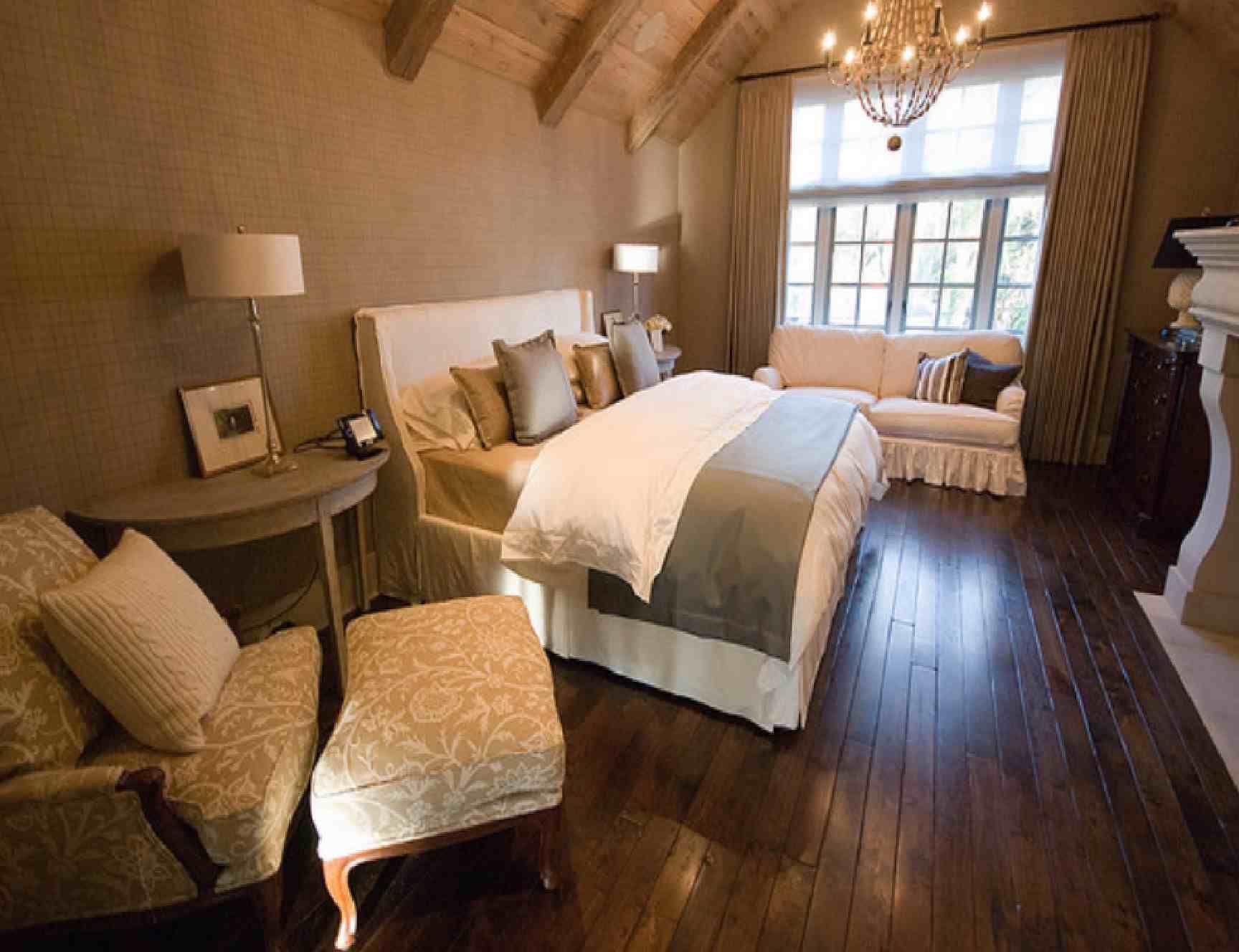 Luxury Brown Bedroom Warm Interior Design 1,728×1,328 Pixels