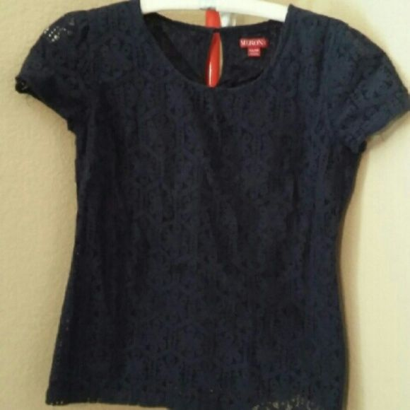 Navy blue lace top Wore a good few times no problems though! Tops Tees - Short Sleeve