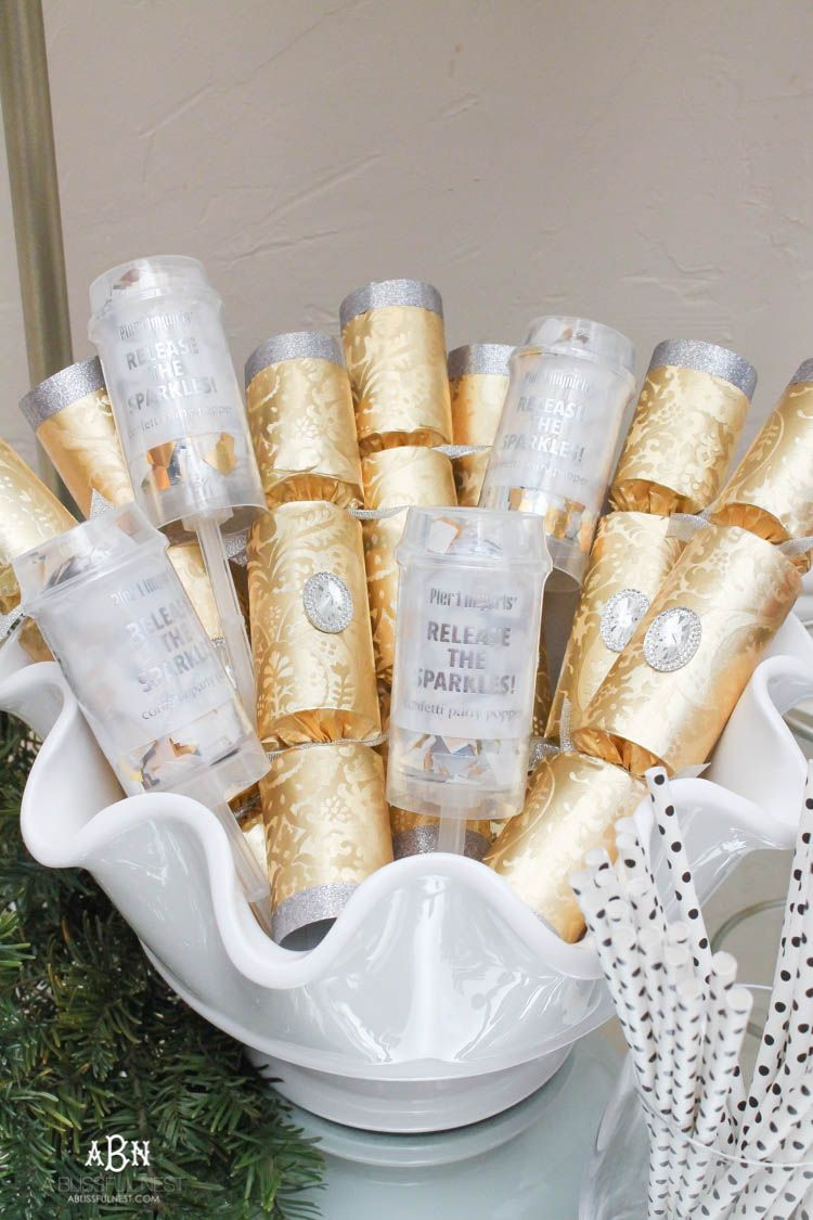 These are such great ideas to transition your Christmas décor into ...