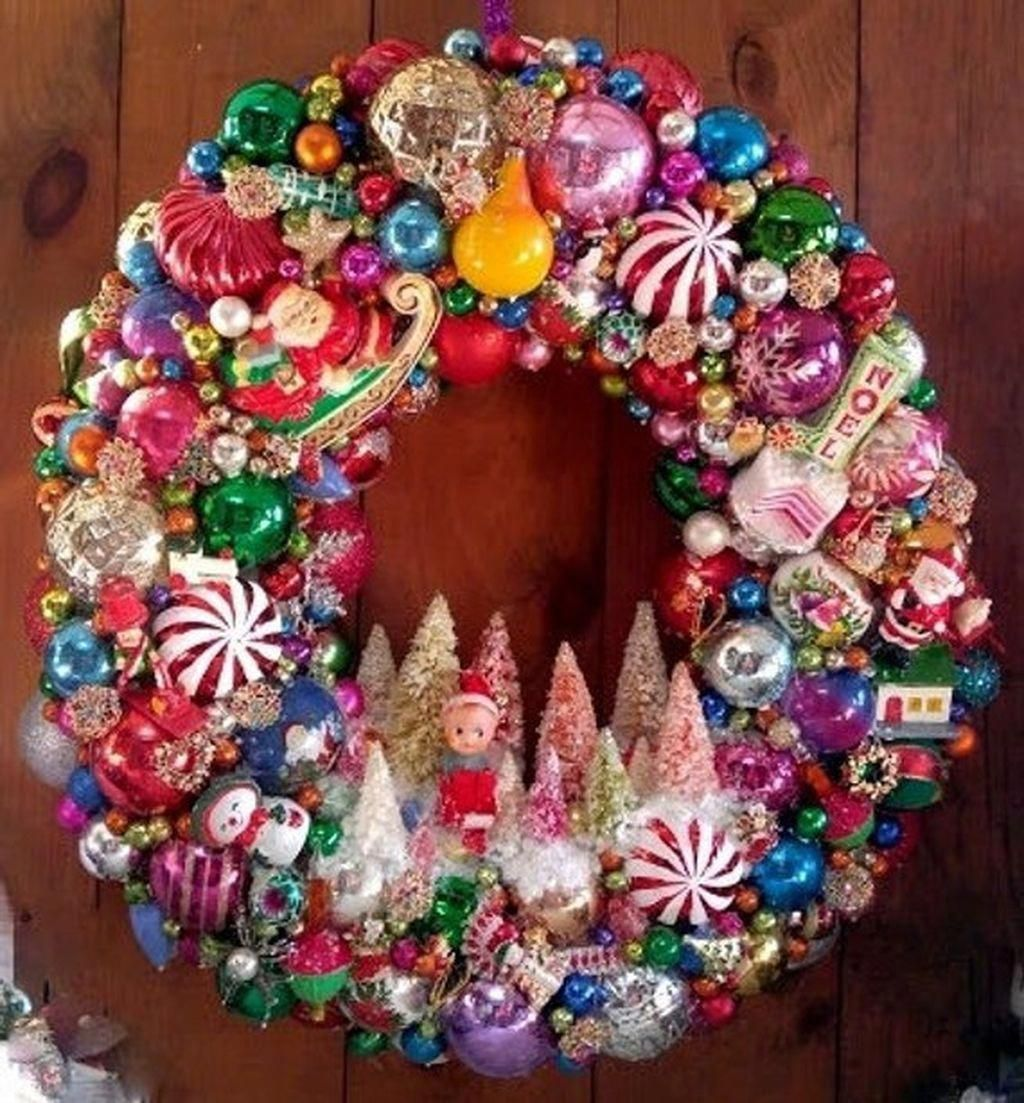 Ornaments A Large Number Of Handmade Old Fashioned And Distinct