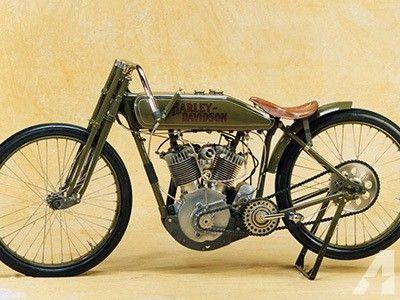 1917 Harley Davidson V-Twin Racer