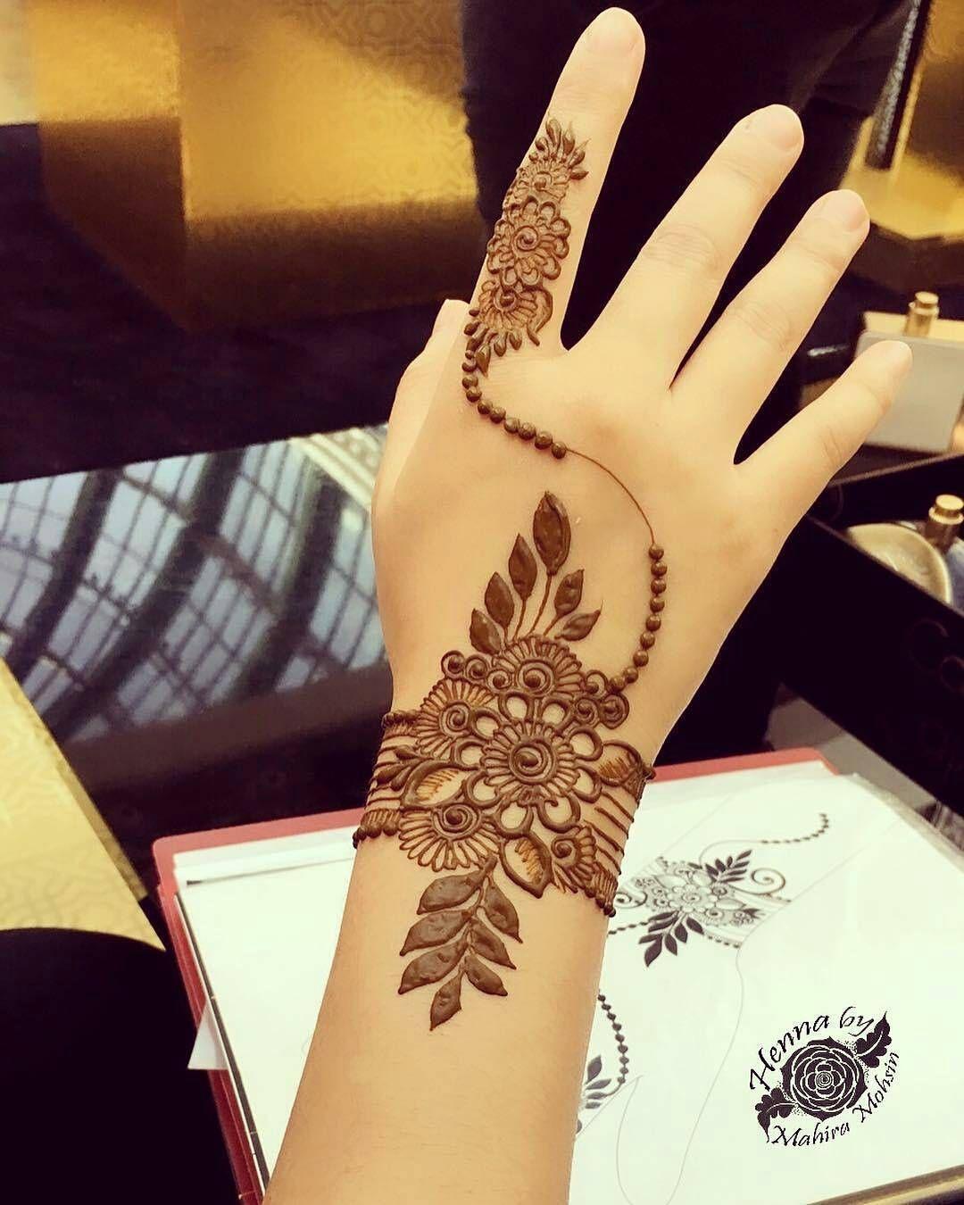 Stylish Unique Mehndi Designs: 7enna Designer_henna_نقش حنة