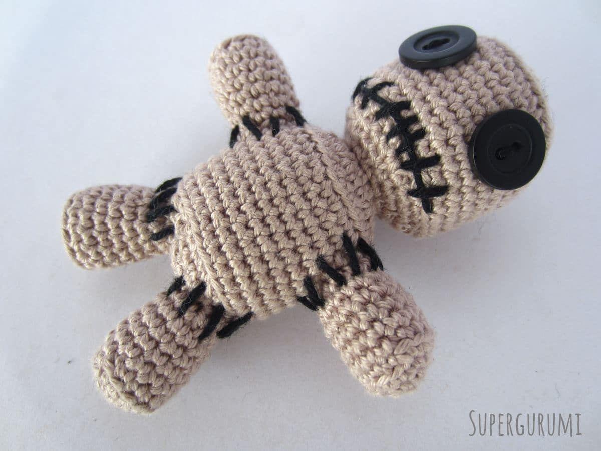 Amigurumi Voodoo Puppe | Handarbeit | Pinterest