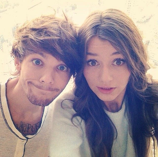 They're so perfect! I love them so much! El is so pretty & Louis is so cute and this picture is soooo ADORABLE!! ❤❤