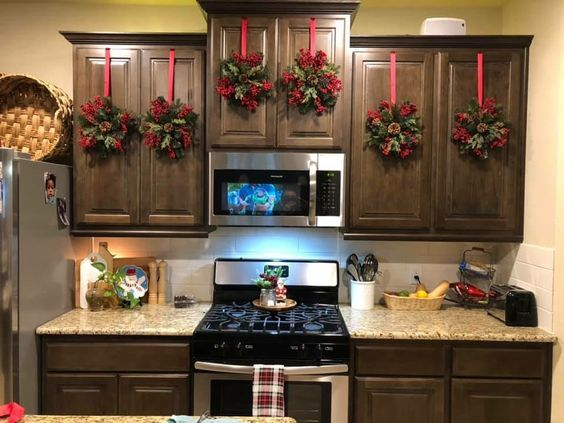 100+ Cheap and Easy DIY Christmas Decor Ideas that proves Elegance is not Expensive