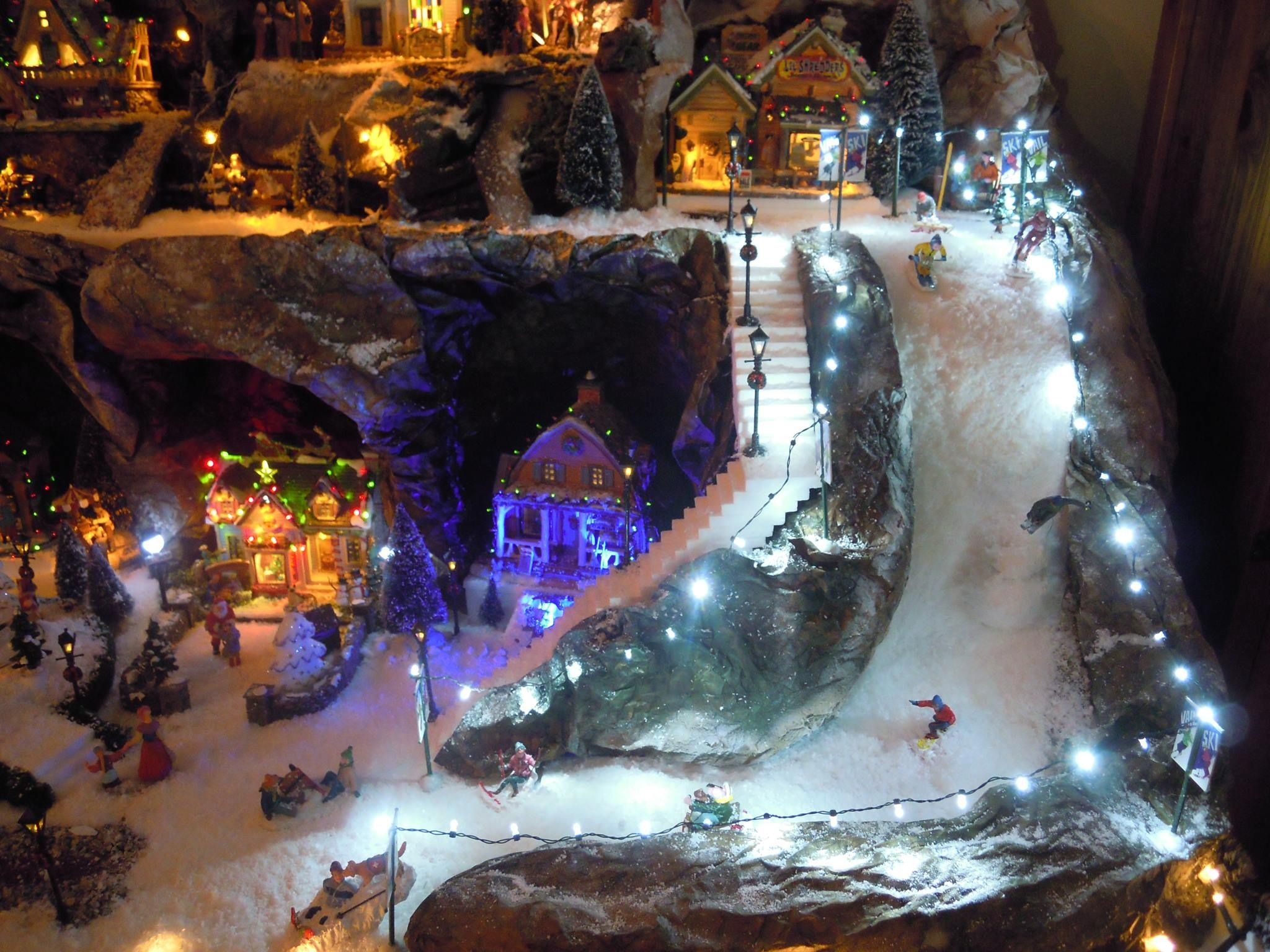 Christmas Village Ski Lift For Sale.New Design For Ski Slope Steeper Too Dept 56
