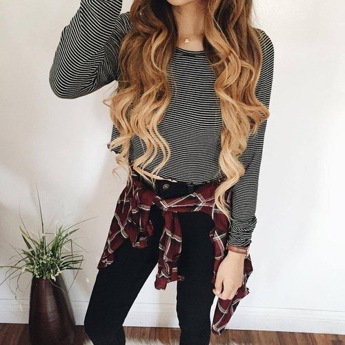 Image via We Heart It #autumn #clothes #clothing #fashion #girl #hair #longhair #outfit #outfits #style