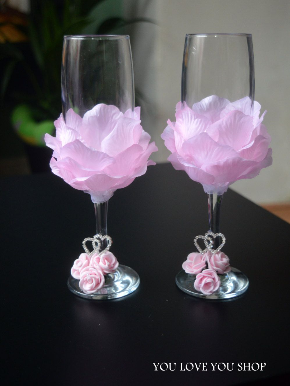 Wedding Flutes Pink Petal Couple Toasting Anniversary Champagne Glasses For Reception Gift Candles Full