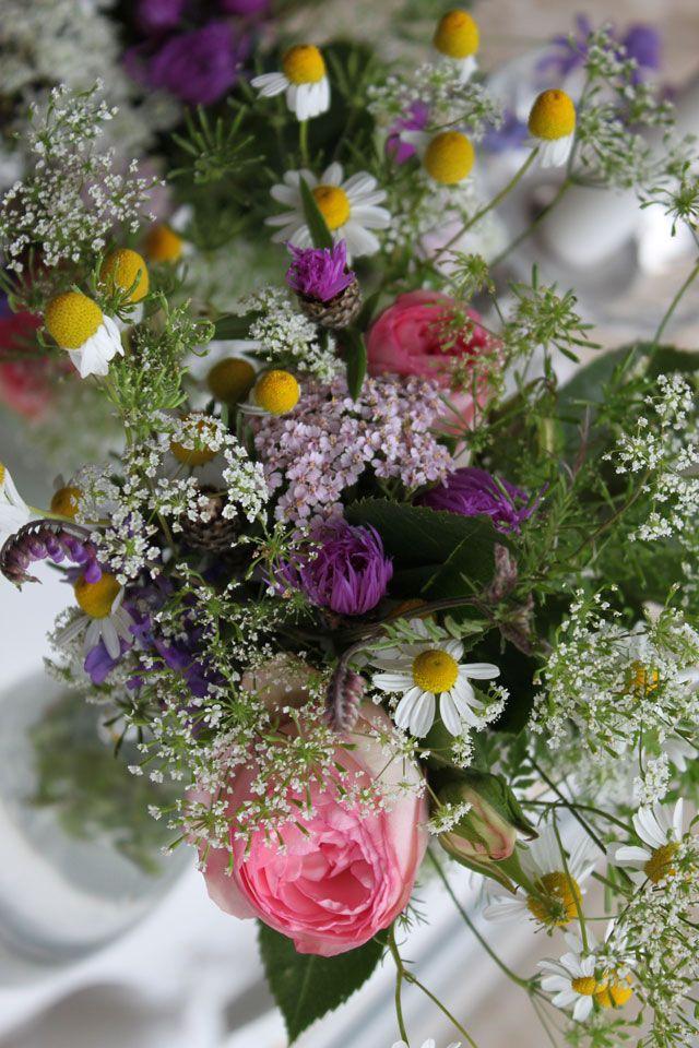 ankerwerfer wiesenblumen wildblumen hochzeit rosen. Black Bedroom Furniture Sets. Home Design Ideas