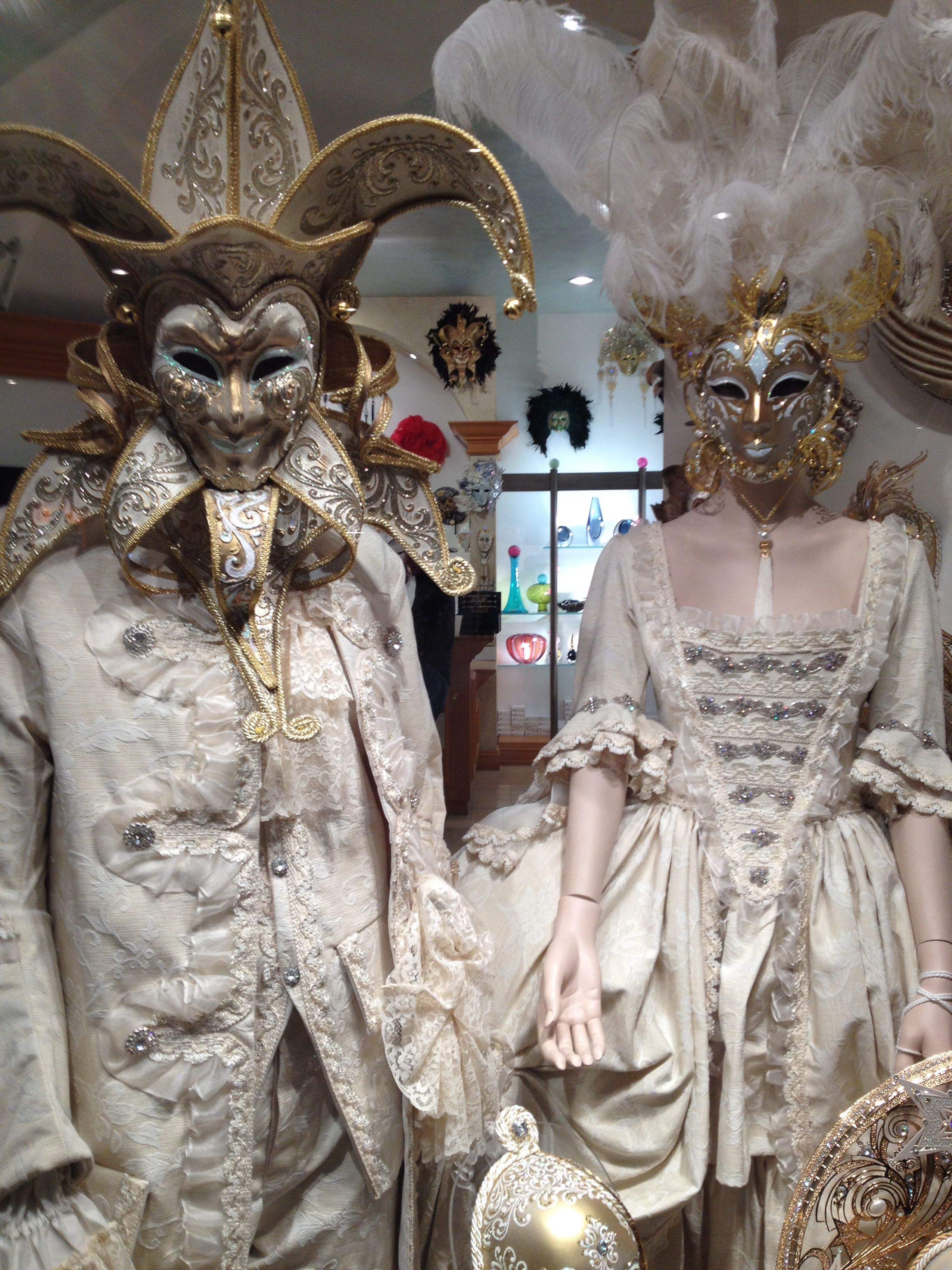 Mascarade costumes little Venice vegas