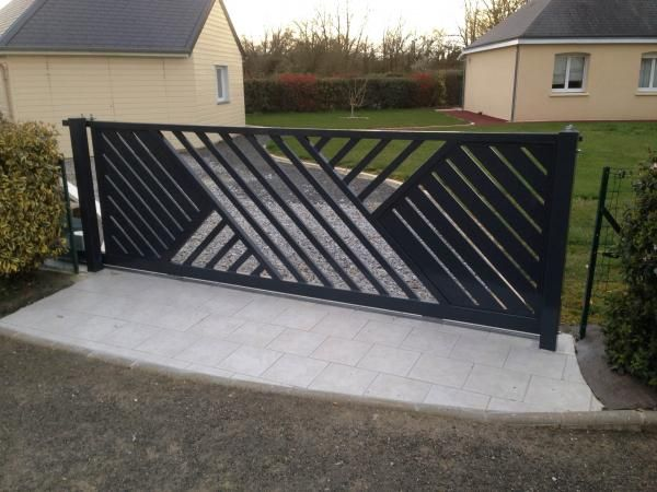 Pin by difoloane lawrence on gates - Sliding main gate design for home ...