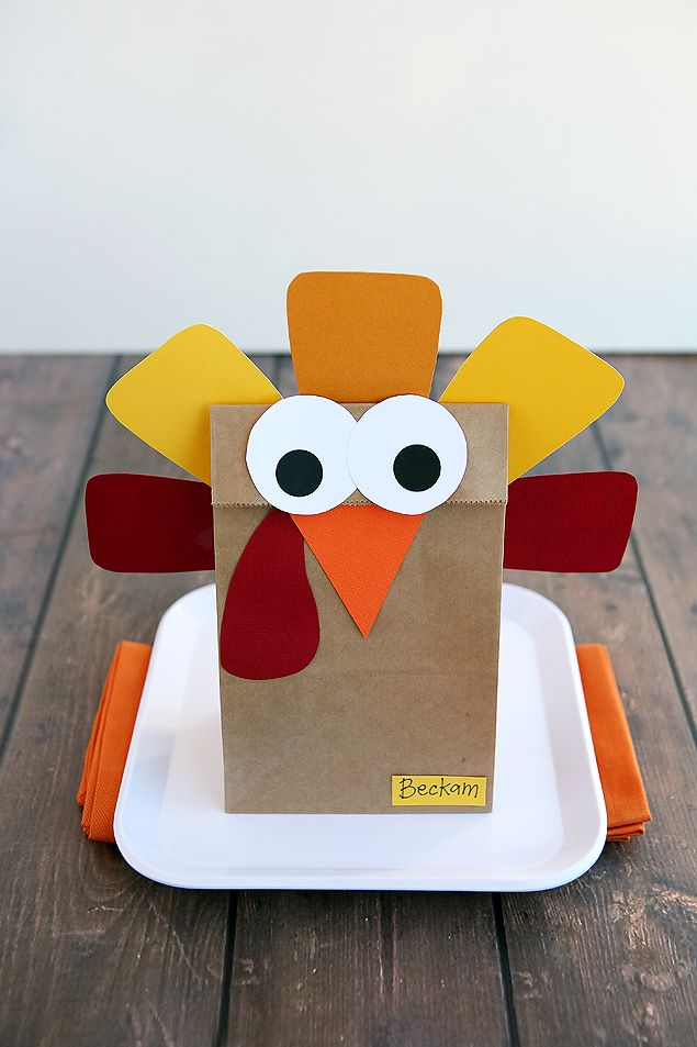 Silly Thanksgiving Turkeys Eighteen25 Thanksgiving Decorations Diy Thanksgiving Crafts For Kids Thanksgiving Preschool
