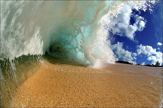 Fantastic photo of waves !