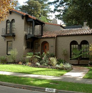 Old California and Spanish Revival Style   House paint ...