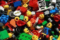 Easy Elementary School Fundraiser: Cash for Lego Pieces