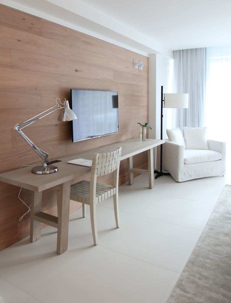 Hotel Room Designs: I Arrived In Miami To Find 80 Degree Temperatures And The