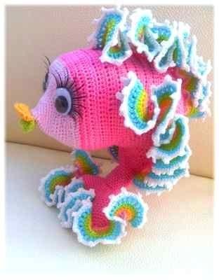 Crochet-gold-fish-pattern-amigurumi-PINK-yellow-baby-birthday-gift ...