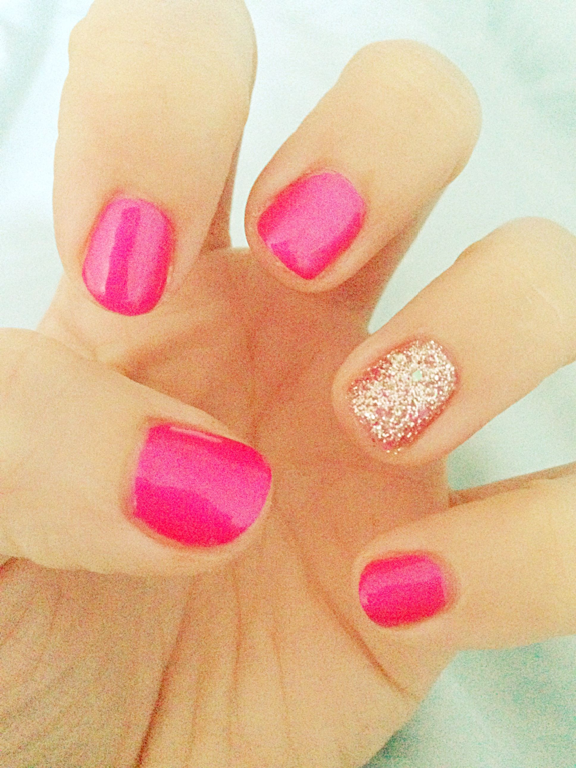 Neon pink and sparkle accent nail shellac opi What I