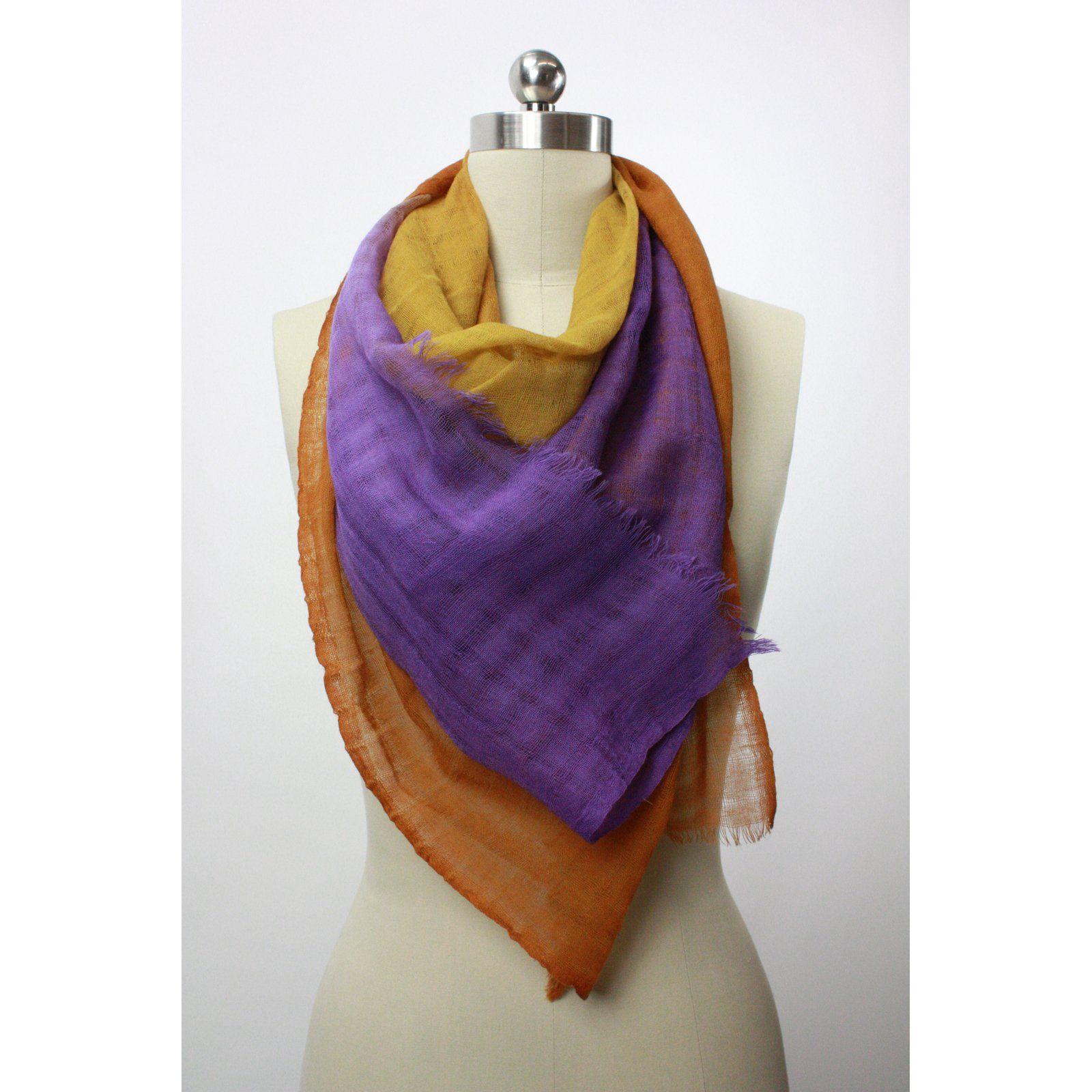 Purple / Gold Square Ombre Scarf -  lembrei das queridas Leila Hort e Cibha Coutinho, que está de niver hoje. ;]