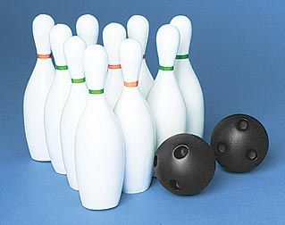 Use this Plastic Bowling set as table decorations, party ...