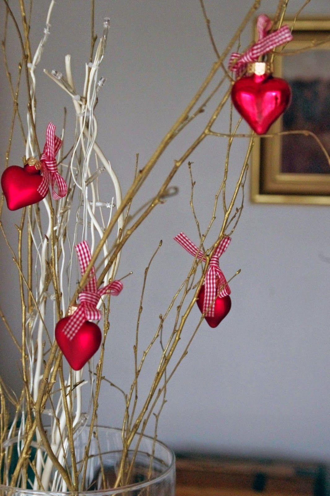 Valentine's table centerpiece