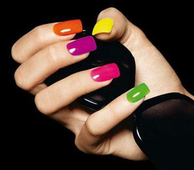tendencias uas de colores x pintarse las uas en verano