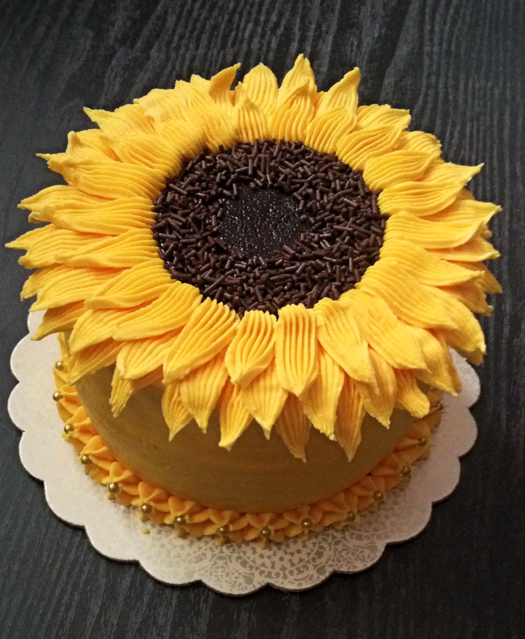 Pretty, sunflower cake design | Sunflower birthday cakes ...