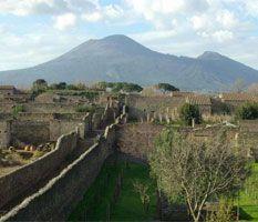 Rome to Naples or Amalfi Coast - Naples or Amalfi Coast to Rome Via Pompeii