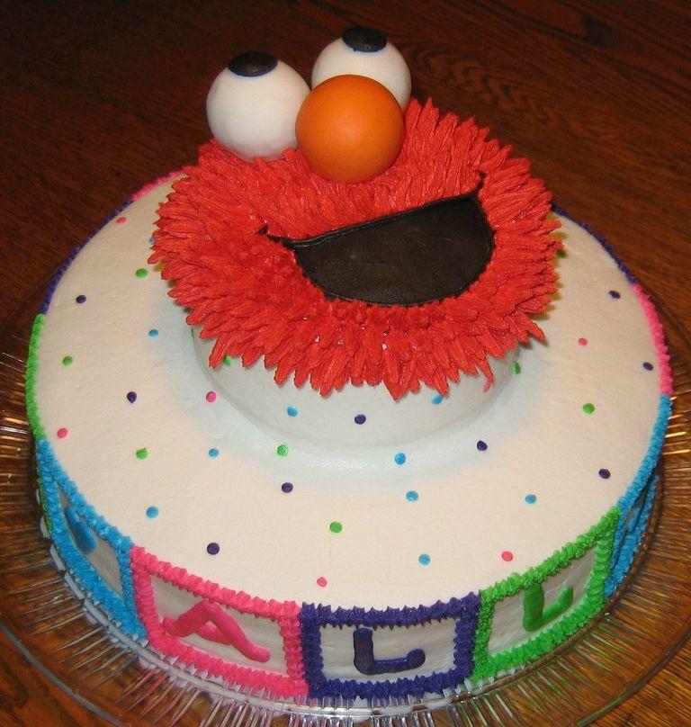 Super Cute Elmo Birthday Cake