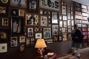 Lovely 10 Exclusive Pics Of Amitabh Bachchanu0027s House Jalsa That Will Make You WOW