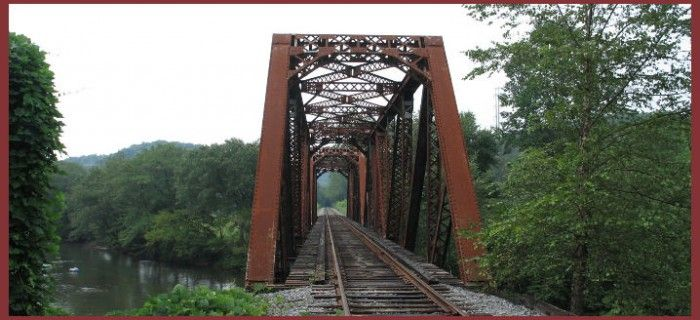 Blue Ridge Scenic Railway - Blue Ridge, GA - visit Farmer Brown's Pumpkin Patch in October for double up leaf viewing