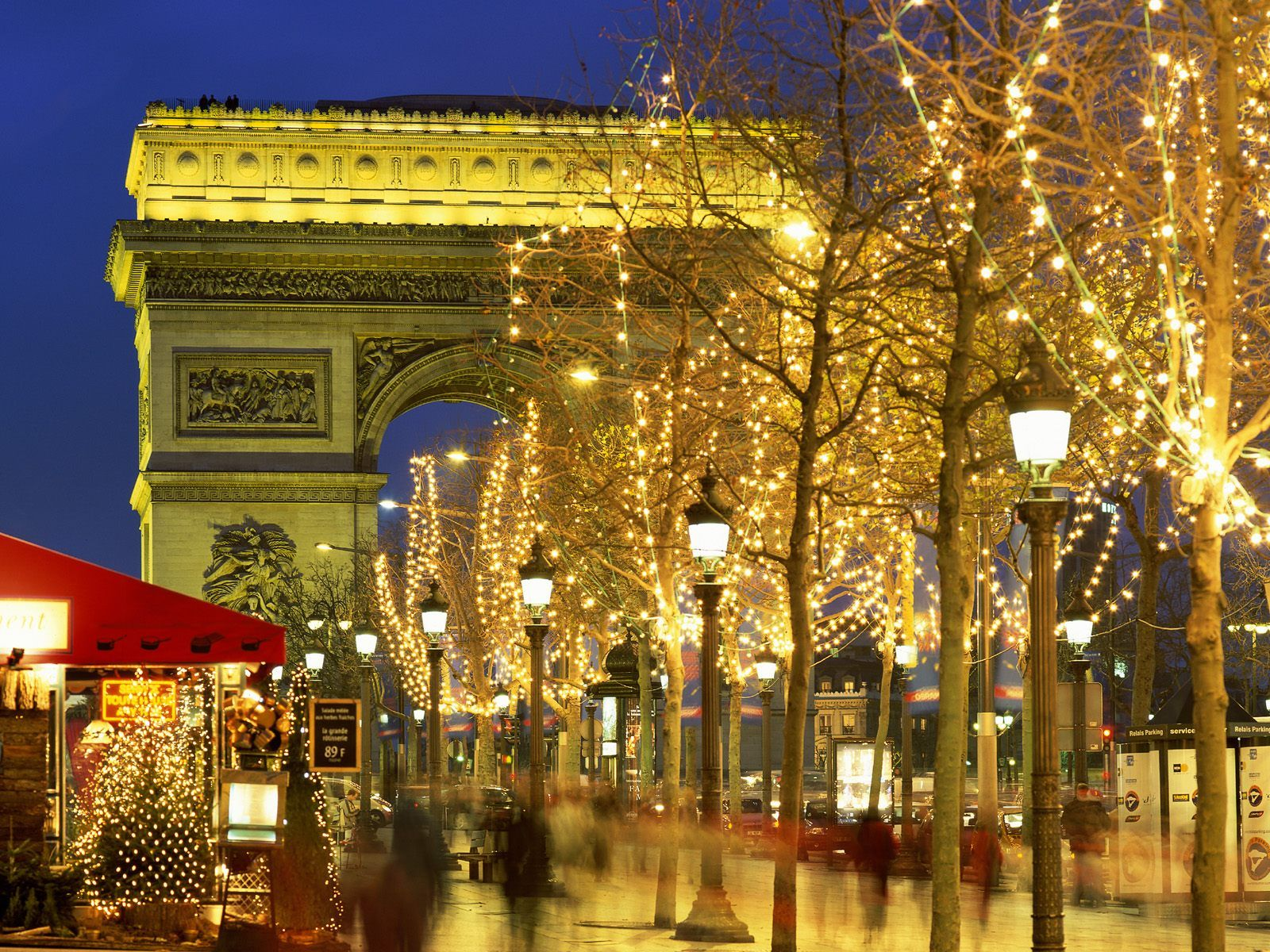 Paris Best Walk Of My Life Was On The Champs Elysees From The