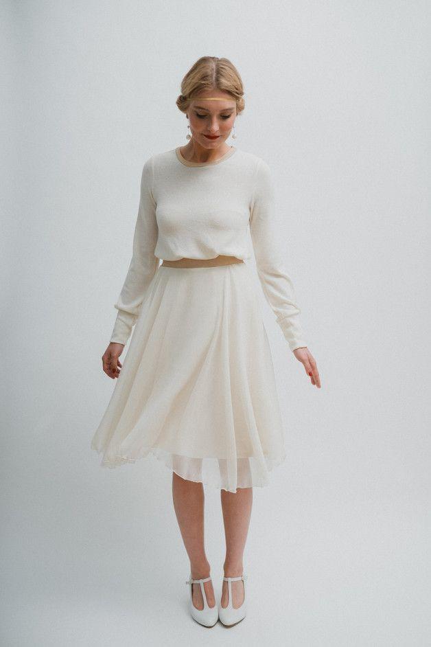 Brautkleider unter 500€ von Ave evA #knielangeröcke Brautkleid unter 500€, Brautkleid kurz Standesamt, Brautkleid Vintage Spitze #Brautkleid #kurz #vintage #spitze #Standesamt #lacechiffon