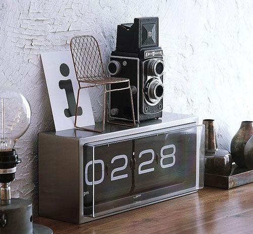 Brick Tischuhr von LEFF Amsterdam \u2013 warum nicht eine Uhr als