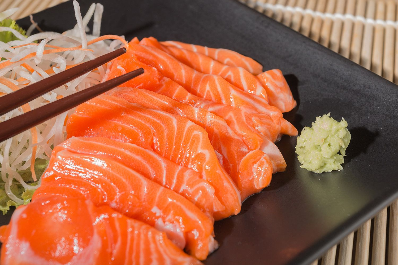 Salmon (5 Lbs, Atlantic, Premium Sashimi Grade) Young
