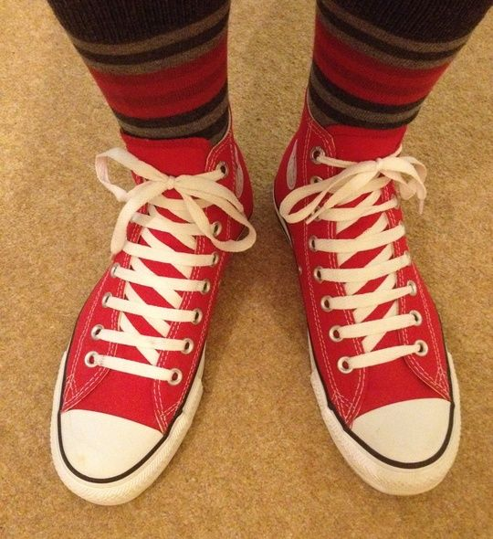c7380e1058a5 How to Bar Lace Converse Chuck Taylor s