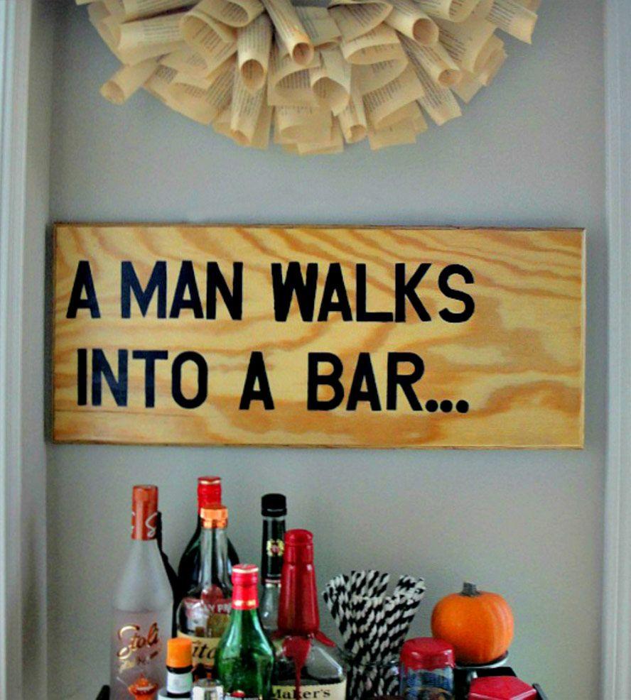 A man walks into a bar wood wall art loving deco for Cosas de casa deco