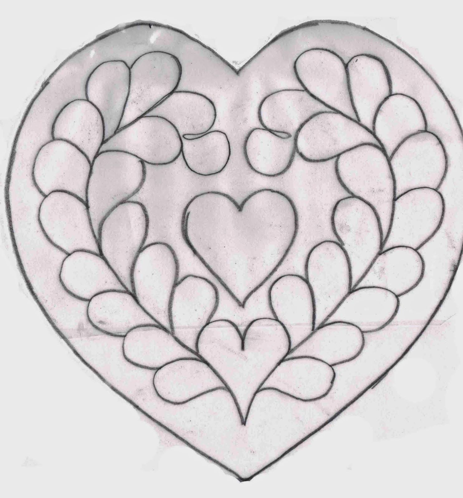 Ulla\'s Quilt World: Trapunto heart and square pillow cover - pattern ...