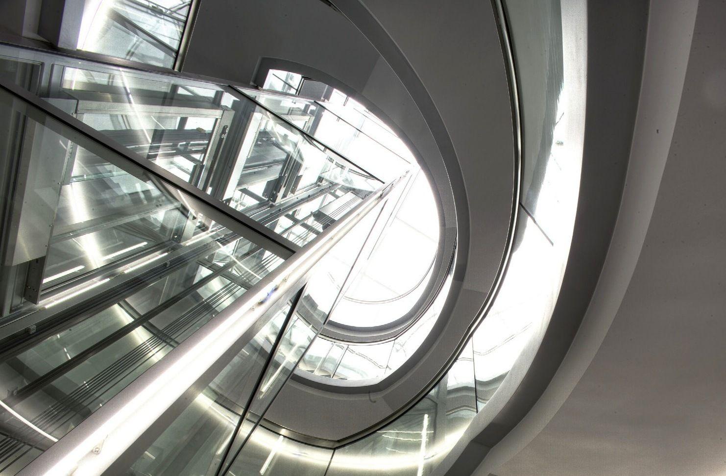 Edifício de Escritórios / Allmann Sattler Wappner Architekten © Günther Wett / FRENER & REIFER Metallbau