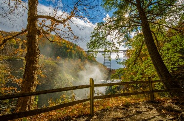 Letchworth State Park: Photo by Benjamin Narburgh