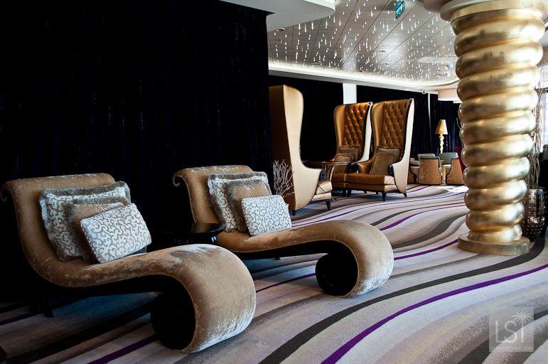 Inside the Epic Club Lounge on #cruise ship Norwegian Epic #travel