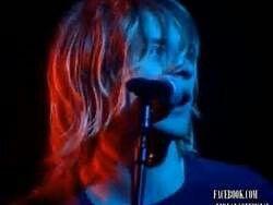 Kurt singing Love Buzz♥♥