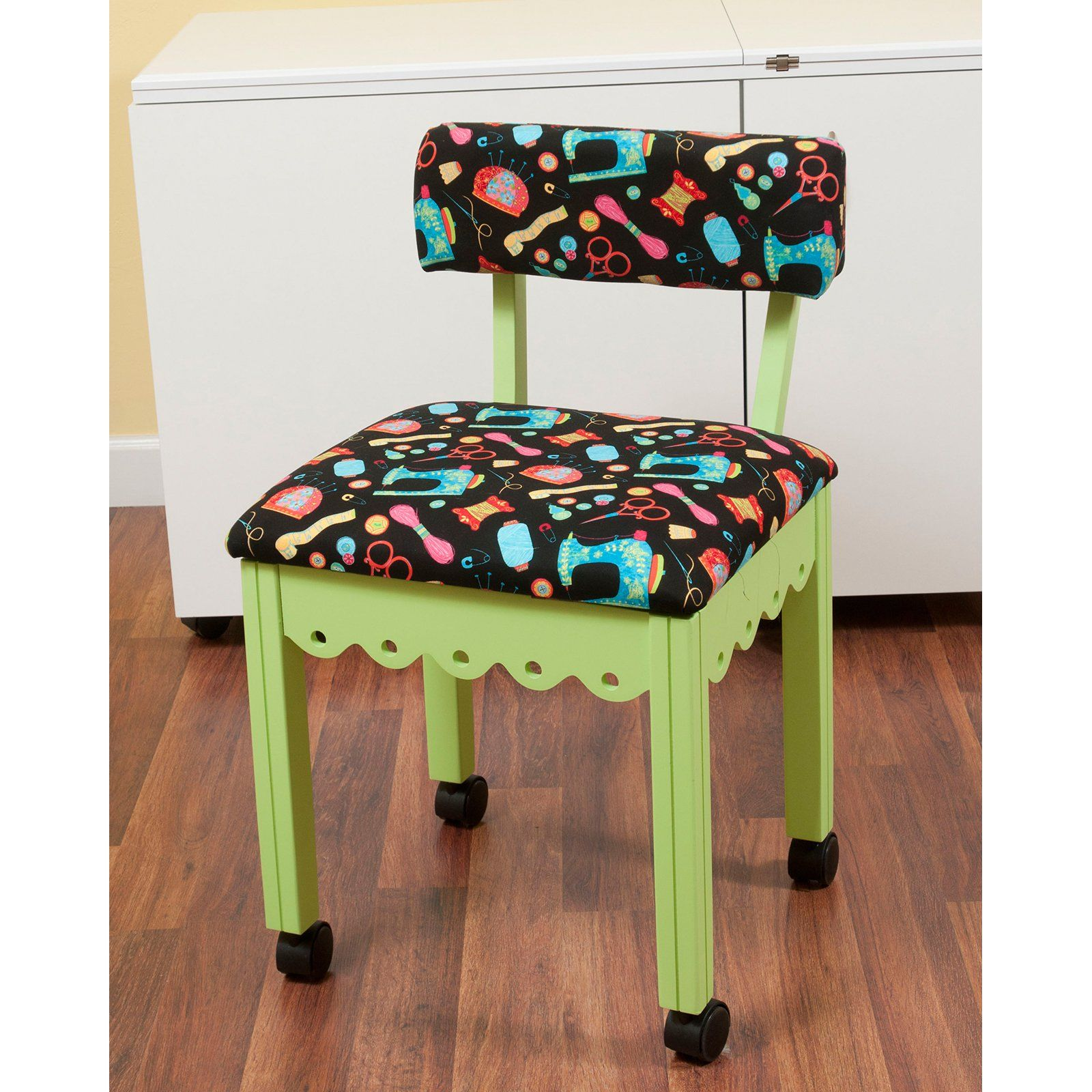 Sensational Arrow Sewing Print Material Sewing Chair With Scalloped Base Theyellowbook Wood Chair Design Ideas Theyellowbookinfo