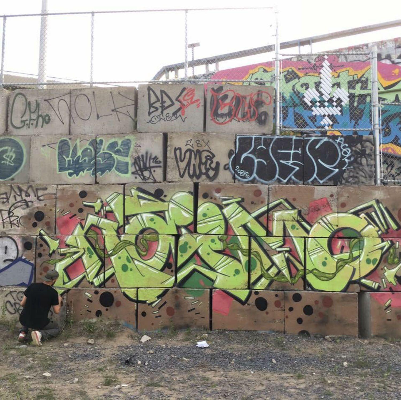 Your graffiti wall - Graffiti Creator Naimo Montreal Walls Graffiti You Are Also Welcome To Post