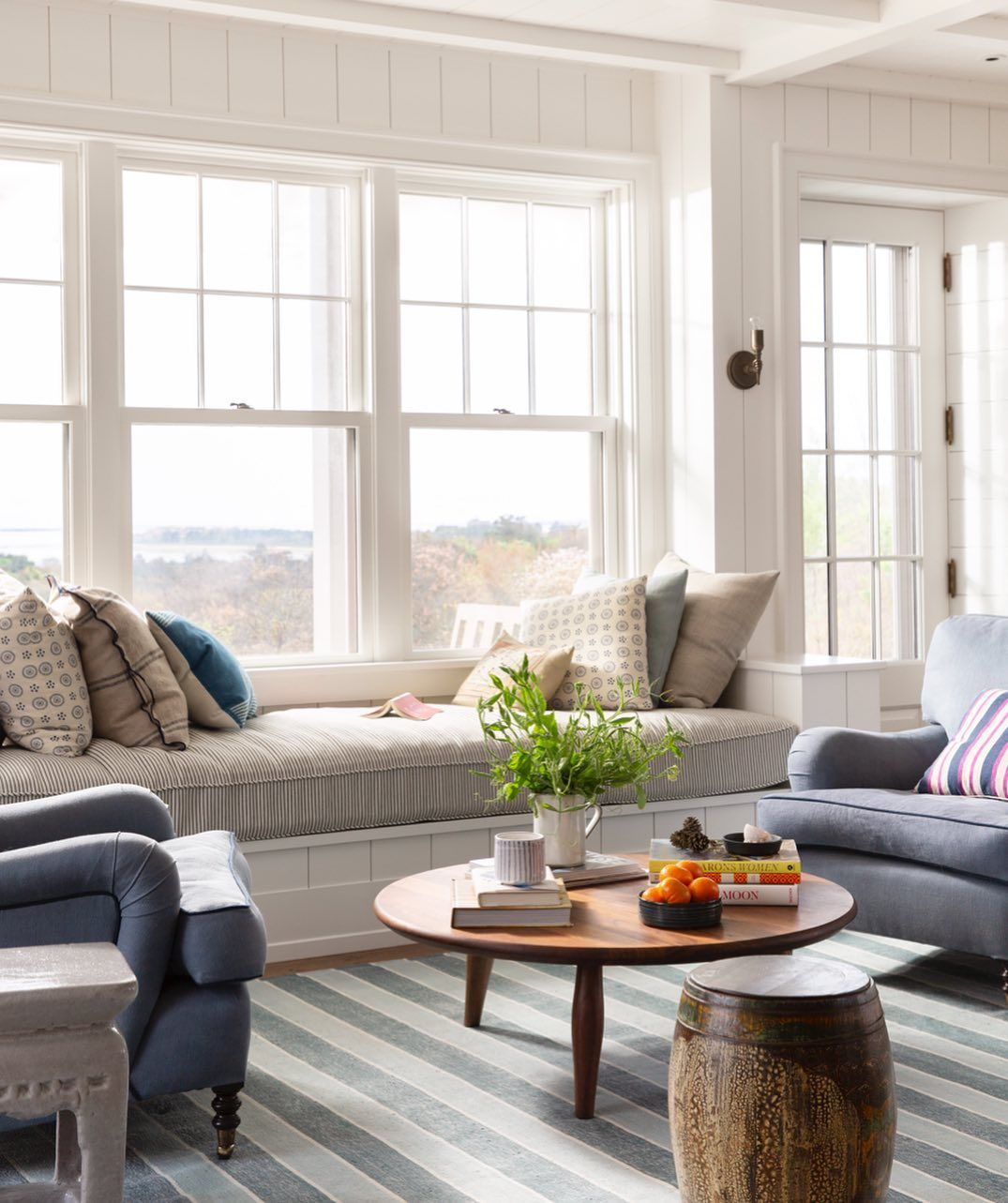 Katie Martinez Design On Instagram You Can Never Have Too Many Stripes Right Comfy Seating Opposite The Kitchen And Dining Tabl Blue Dining Room Chairs Beach Furniture Decor Decor