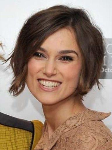 Google Afbeeldingen resultaat voor http://2.bp.blogspot.com/-_O6ufCrszgk/T7BwPBMuTpI/AAAAAAAABQY/soOAZrKkcoE/s1600/easy-hairstyle-2012.jpg