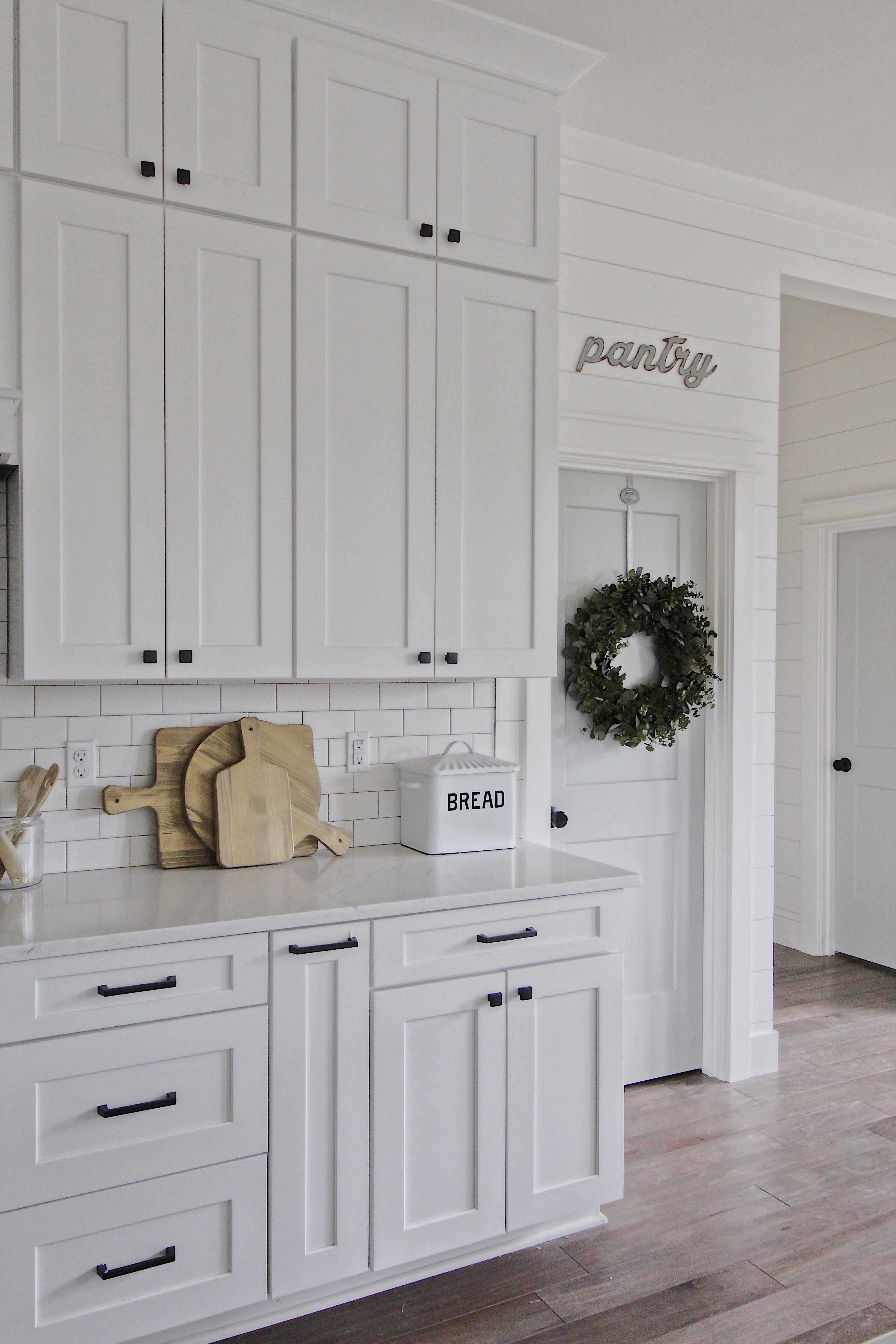 Modern farmhouse kitchen, white kitchen, shaker