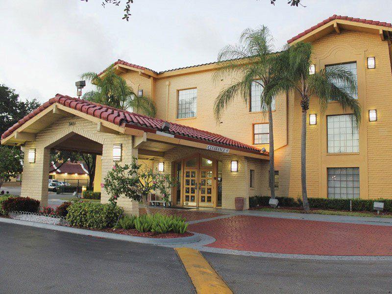 La Quinta Inn Miami Airport North Miami Airport La Quinta Inn